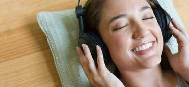 Es gibt auch musikgestützte Therapieformen bei Tinnitus