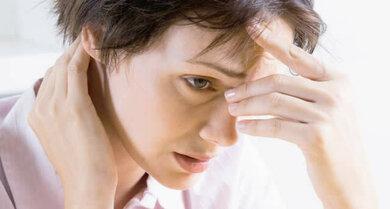 Sehstörungen und Kopfschmerzen gehen manchmal Hand in Hand