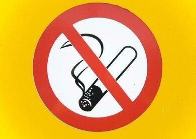 Nicht rauchen: Bei der Basedow-Krankheit ganz wichtig!