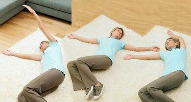 Atem- und Entspannungsübungen können zu einem ruhigeren Atemfluss verhelfen