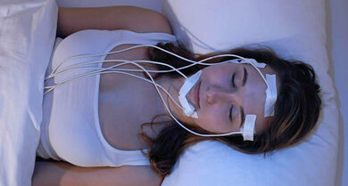 """Der """"vermessene"""" Schlaf: Im Schlaflabor werden verschiedene Körperfunktionen beim Schlafenden untersucht"""