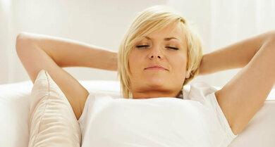 Vermehrt Magendruck oder Sodbrennen im Liegen? Lassen Sie sich vom Arzt beraten