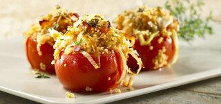 Quinoa in Lauch und Tomaten