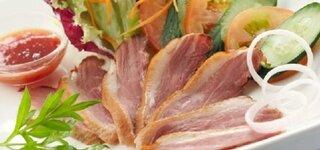 Salat mit Entenbruststreifen
