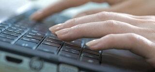 Schreiben auf der Computertastatur