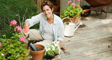 Gartenarbeit: Knie so gut wie möglich schonen