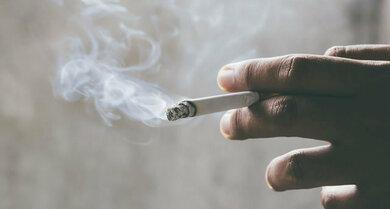 Rauchen erhöht das Risiko für einen Pneumothorax – bei gesunden wie bereits geschädigten Lungen