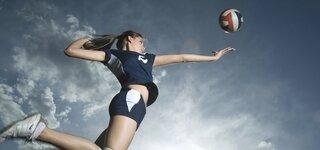 Aufschlag beim Volleyball