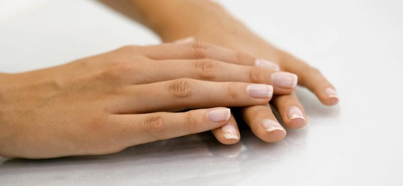 Ab fingernagel geht Schwarzer Fingernagel