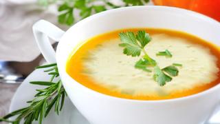 Gemischte Gemüsesuppe
