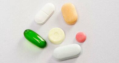 Einige Medikamente können unerwünschte Wirkungen auf den Darm haben