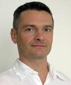 Beratender Experte: Dr. Hartmut Gaulrapp, Facharzt für Orthopädie mit Spezialgebiet Kinder-Orthopädie, Sportmedizin