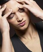 Wenn der Blutdruck plötzlich abfällt: Kalter Schweiß, Schwindelgefühle, Kopfschmerzen