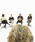 Zeitmangel, Termindruck, Stress: Im Team- oder Therapiegespräch lassen sich Lösungen finden