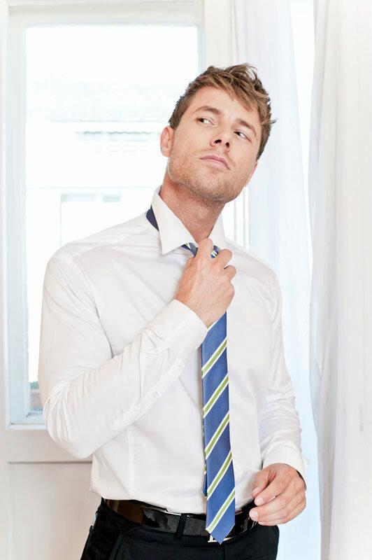 Ungesunde Mode - zu eng gebundene Krawatte