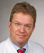 Beratender Experte: Dr. med. Christian Tomiak, Internist mit Schwerpunkt Rheumatologie