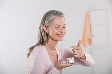 Gute Pflege honoriert auch die reife Haut