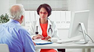 Gespräch mit der Ärztin über Blasensteine