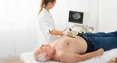 Eine Ultraschalluntersuchung gehört zur Standardiagnostik einer Bauchspeichelddrüsenentzündung
