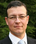 Beratender Experte: Professor Dr. Dr. Robert Bals