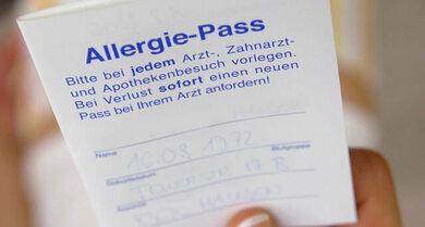 Wichtiges Dokument: Im Allergiepass werden Medikamenten-Allergien vermerkt