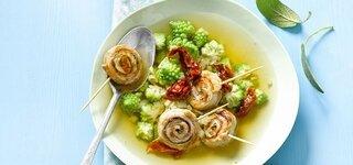 Involtini-Suppe mit Salbei und Romanesco