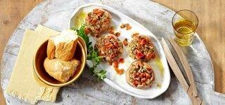 Riesenchampignons mit Kräuter-Tomaten-Füllung