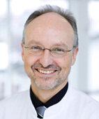 Unser Experte: Professor Ulrich Voderholzer, Ärztlicher Direktor und Chefarzt Schön Klinik Roseneck, Psychosomatik