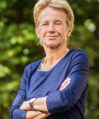 Professorin Vera Regitz-Zagrosek ist Herzspezialistin und Gründungsdirektorin des Berliner Instituts für Geschlechterforschung in der Medizin an der Charité in Berlin. Sie rief die Deutsche und die Internationale Gesellschaft für Gender-Medizin ins Leben