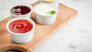 Versteckter Zucker Zuckerfalle Zuckerbombe Saucen Ketchup diverse verschiedene