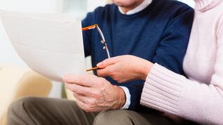Coronavirus Wie Menschen über 80 einen Impftermin erhalten Senior Brief bekommen