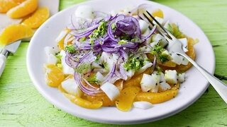 Mandarinen-Fenchel-Salat mit roten Zwiebeln