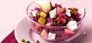 Rotkohl-Salat mit Pistazien