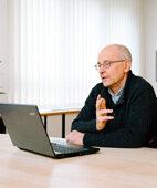 Therapie vor dem Rechner: Psychiater Dr. Michael Depner hat es mit seinen Patienten ausprobiert