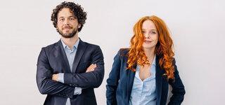 Geschäftsleute: Mann und Frau in Berufskleidung