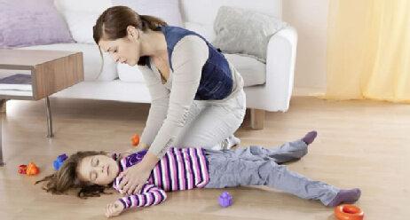 Erste-Hilfe-Maßnahmen bei Kindern