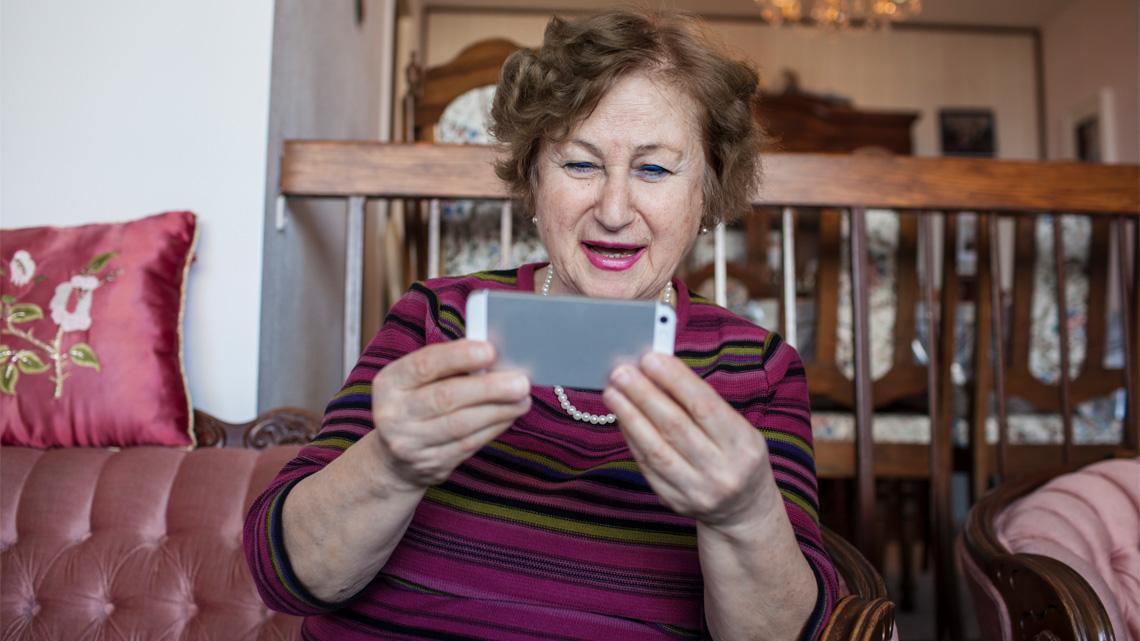 Smartphone Seniorin Apps