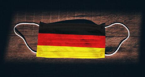 Steigende Corona-Zahlen: Party-Obergrenze gefordert Coronamaske Deutschland Maßnahmen Prävention